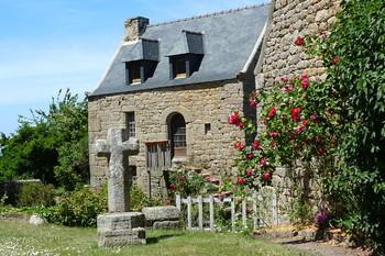 Chambre d 39 hotes lannion perros guirec cote de granit for Maison charme et tradition